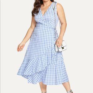 Dresses & Skirts - Gingham wrap midi dress XL/14